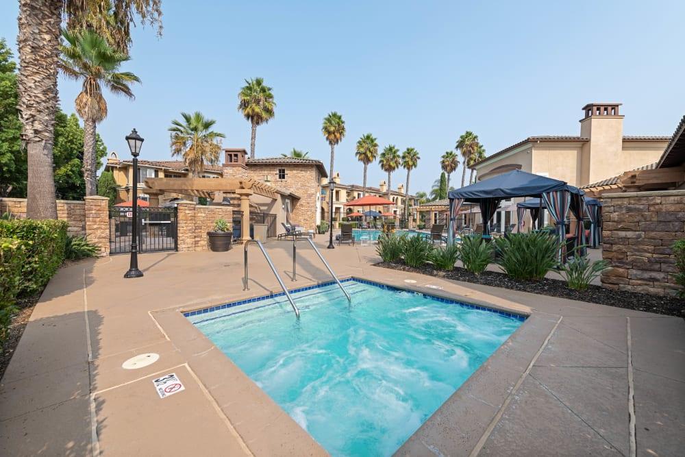 Spa pool for community at Sofi Shadowridge in Vista, California