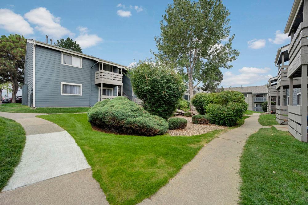 Walking paths at Hampden Heights Apartments in Denver, Colorado