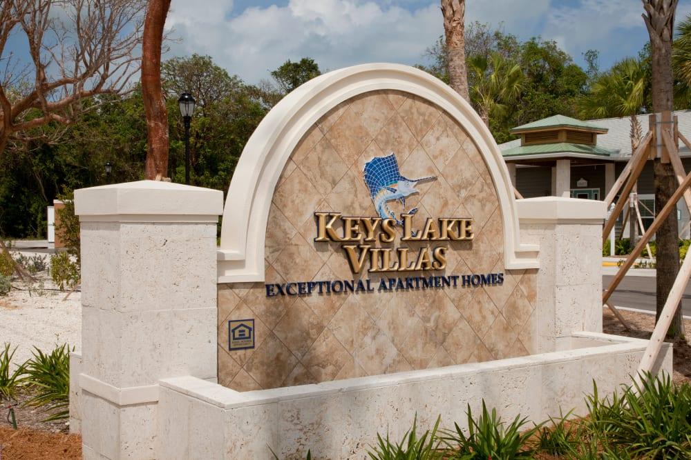 Memorial sign at Keys Lake Villas in Key Largo, Florida