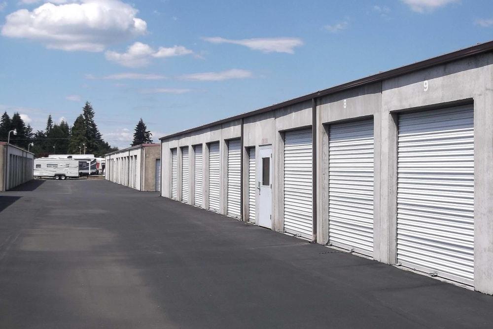 Wide driveway between storage units at I-205 Mini Storage in Vancouver, Washington
