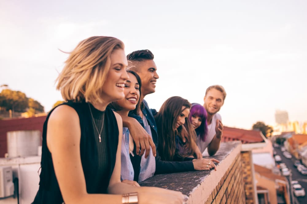 Friends enjoying the rooftop views near in Nashville, Tennessee near City View Apartments