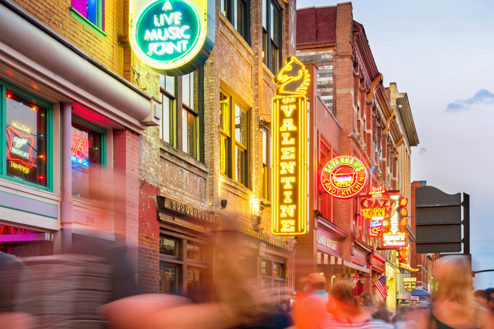 Busy downtown Nashville, Tennessee near City View Apartments