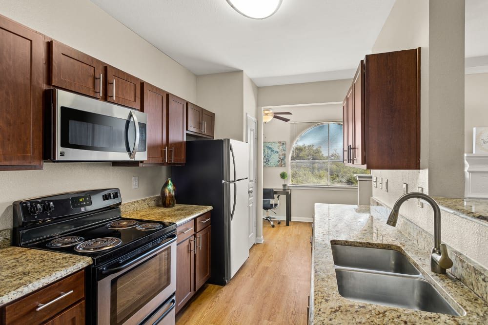 Modern Kitchen at Sedona Ranch Apartments in San Antonio, Texas