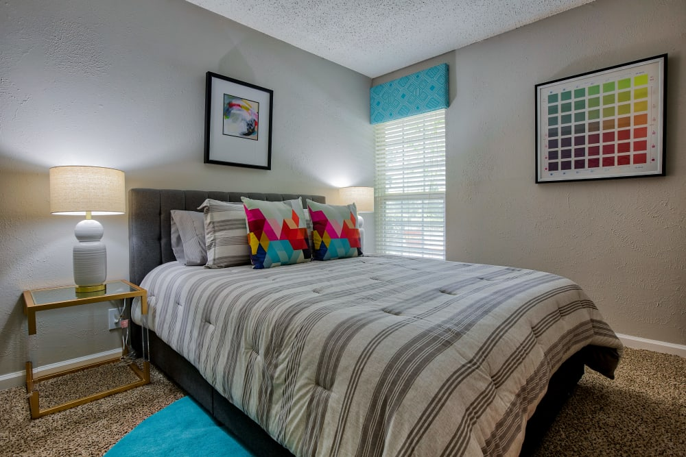 Bright bedroom at 865 Bellevue Apartments in Nashville, Tennessee