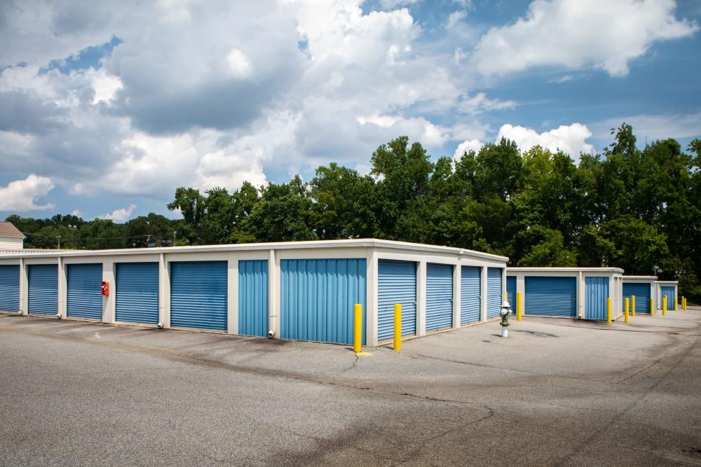 Large open driveways at AAA Self Storage at W Market St in Greensboro, North Carolina