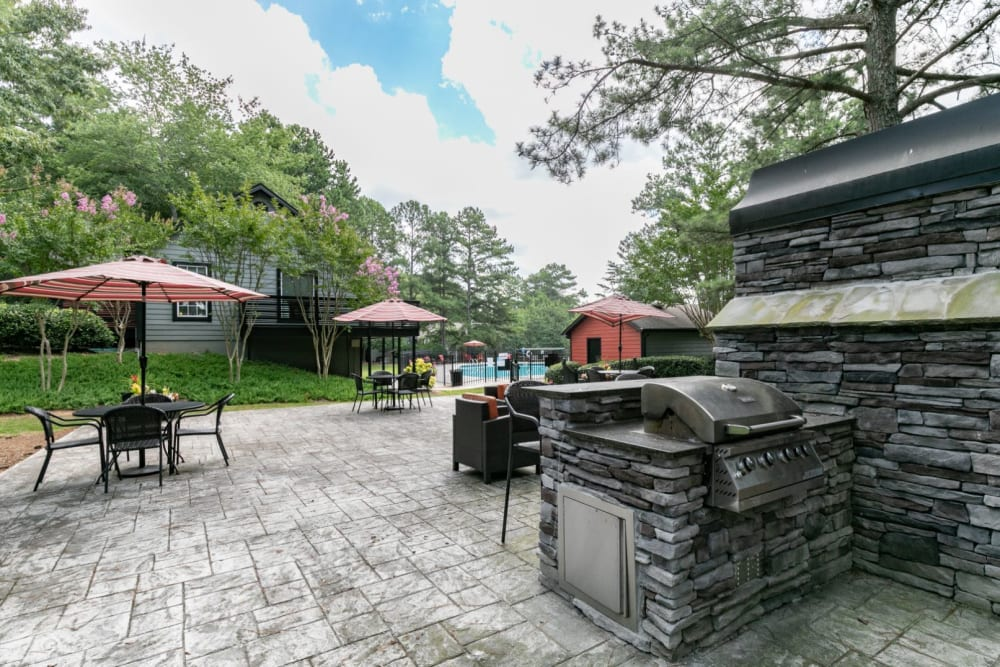 Outdoor patio area at The BelAire Apartment Homes in Marietta, Georgia