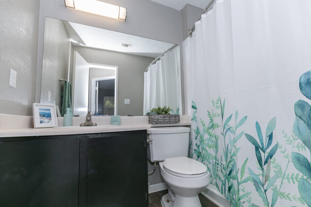 Clean bathroom at The BelAire Apartment Homes in Marietta, Georgia