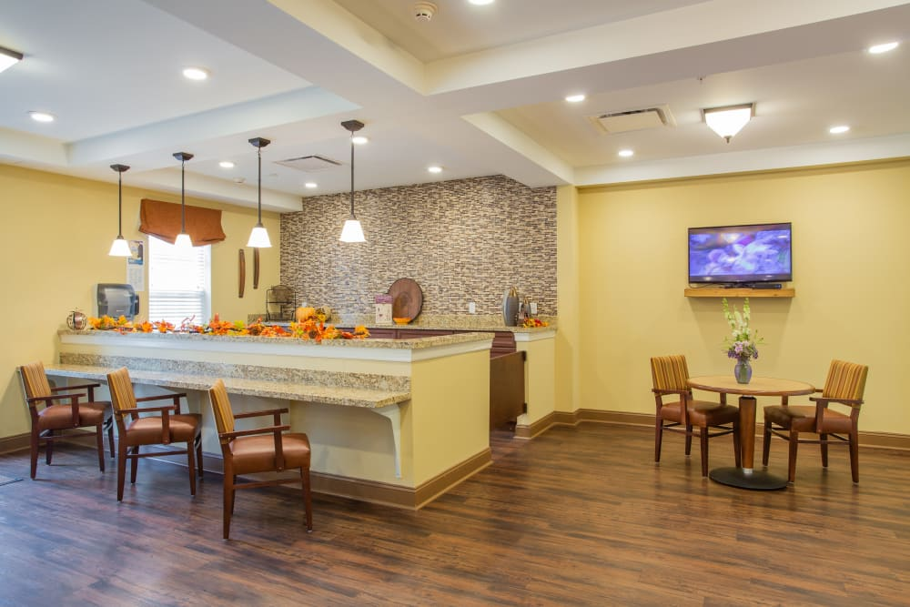 Pub and lounge at Harmony at West Shore in Mechanicsburg, Pennsylvania