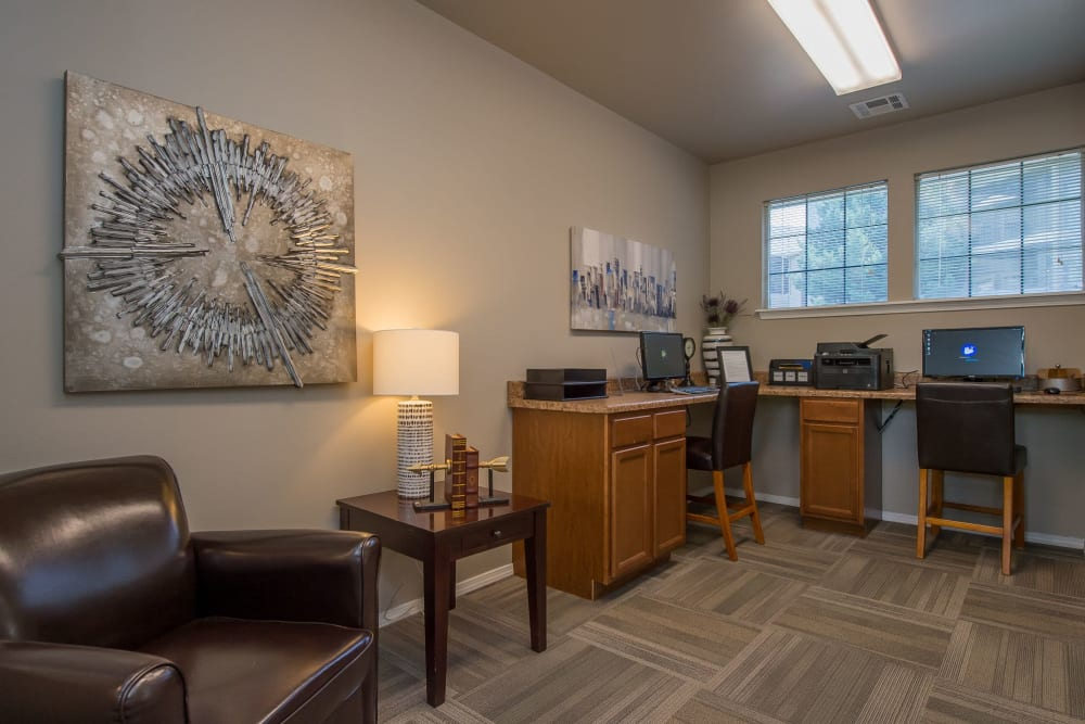 Community business center at Crown Chase Apartments in Wichita, Kansas
