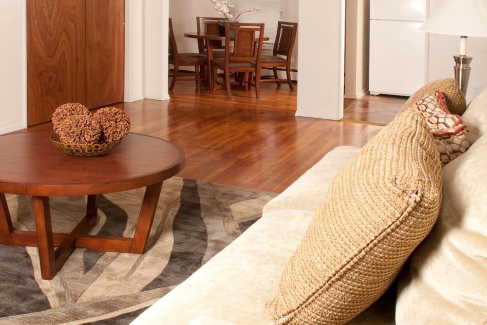 Living room at Rosehill Gardens in Elizabeth, New Jersey