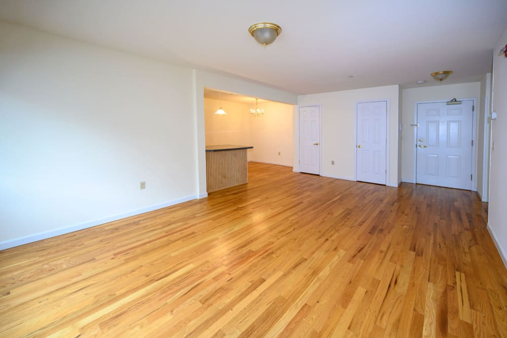 Living room at Rutgers Court Apartments in Belleville, New Jersey