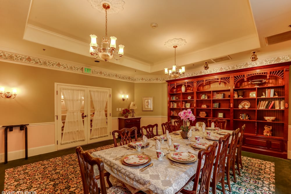 A dining room at Sunshine Villa in Santa Cruz, California.