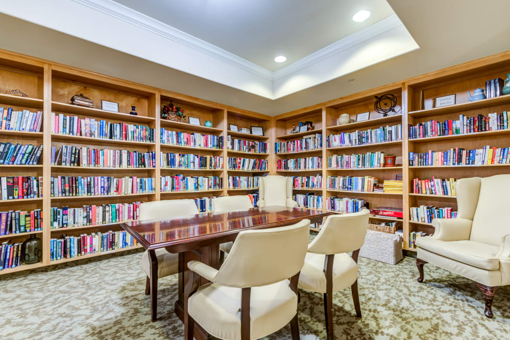 Library room at Cypress Place, Ventura in CA