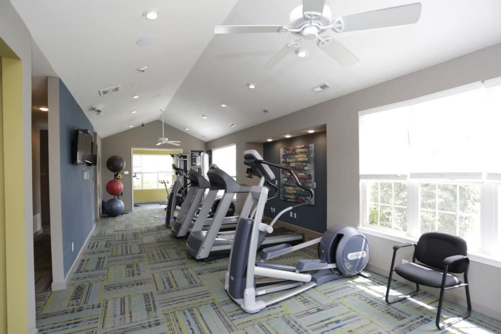 Aberdeen Apartments fitness center in Lawrence, Kansas