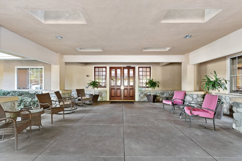 Front entrance patio area at Claremont Place in Claremont, California