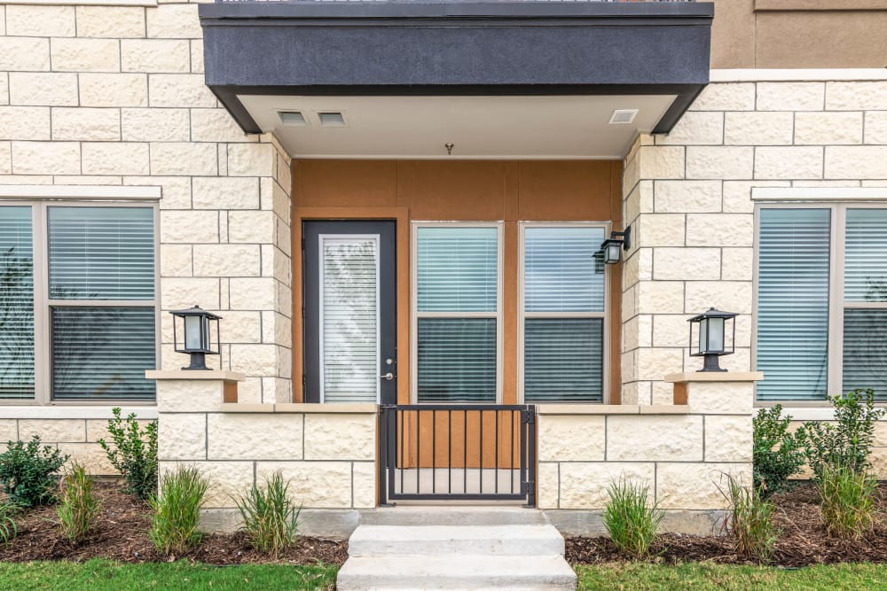 Entrance to an apartment at Magnolia on the Green in Allen, Texas