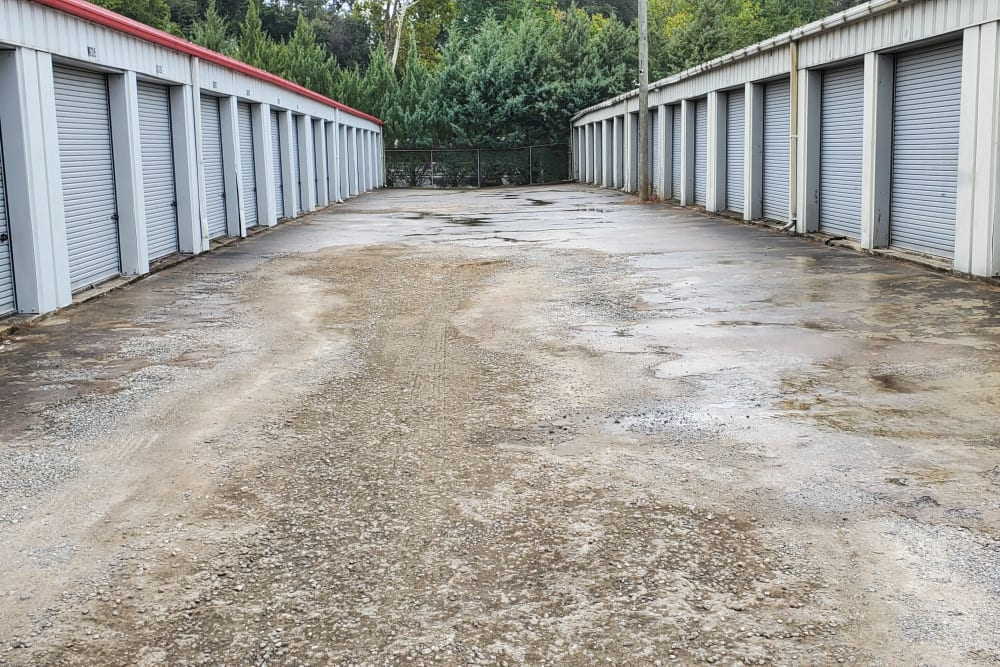A wide driveway between exterior storage units at StayLock Storage in Athens, Georgia
