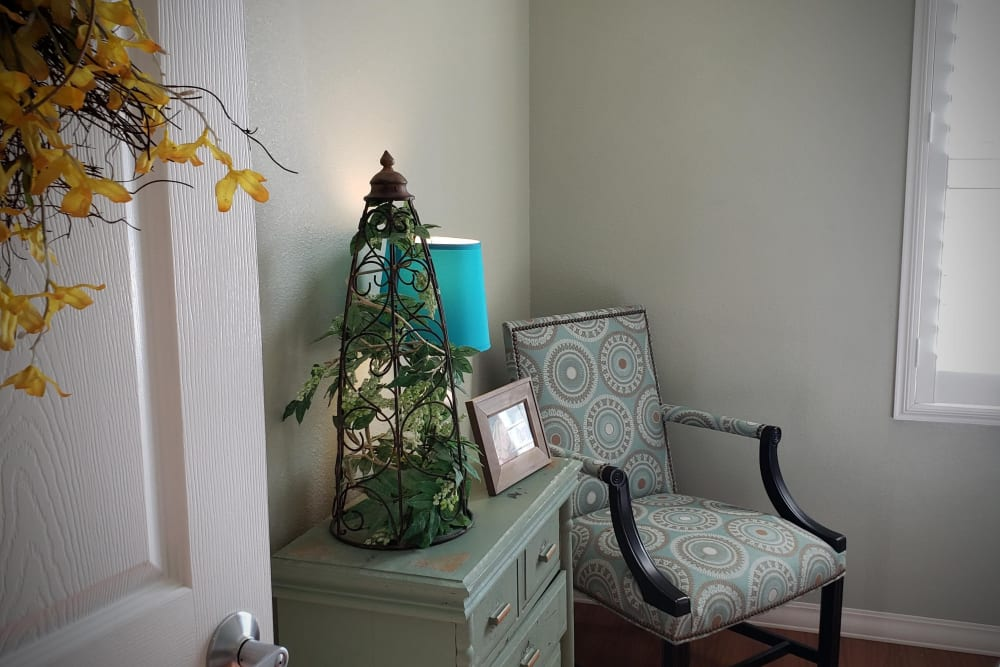 chair and dresser