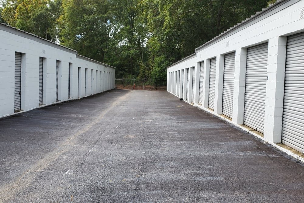 A wide driveway between units at StayLock Storage in Warner Robins, Georgia