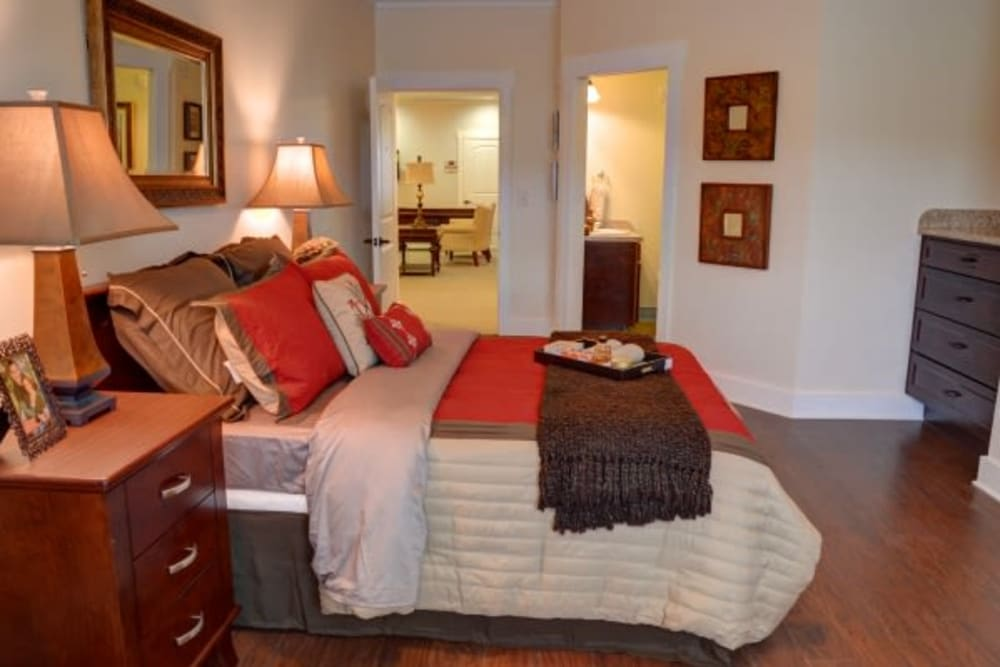 Resident bedroom at Truewood by Merrill, Powell in Powell, Tennessee.