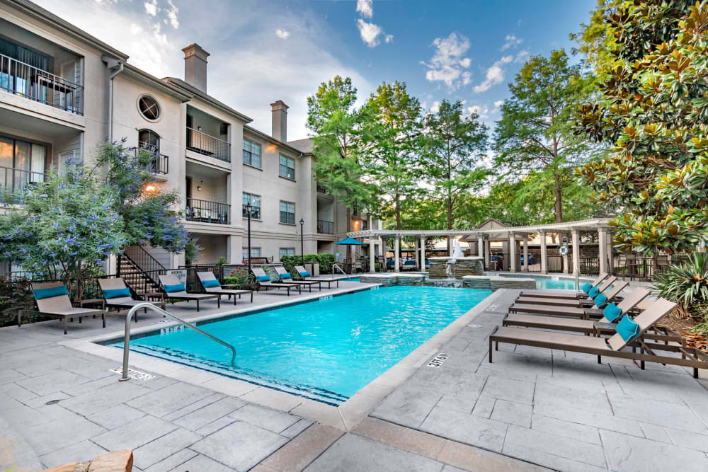 Far North Dallas, TX Apartments | Hyde Park at Montfort