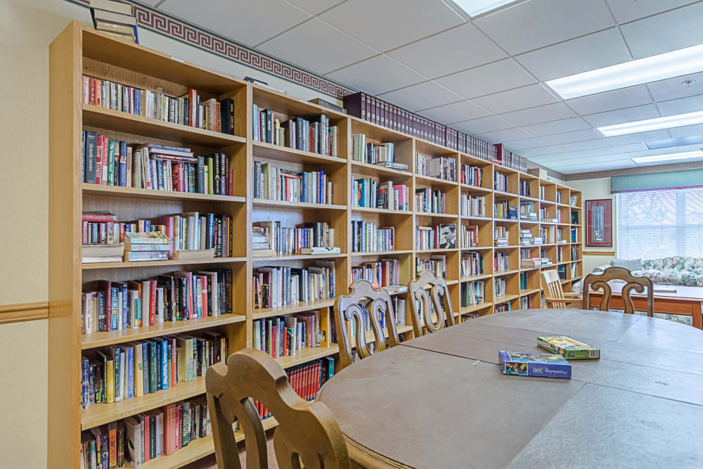 Resident library at Orchard Park in Clovis, California