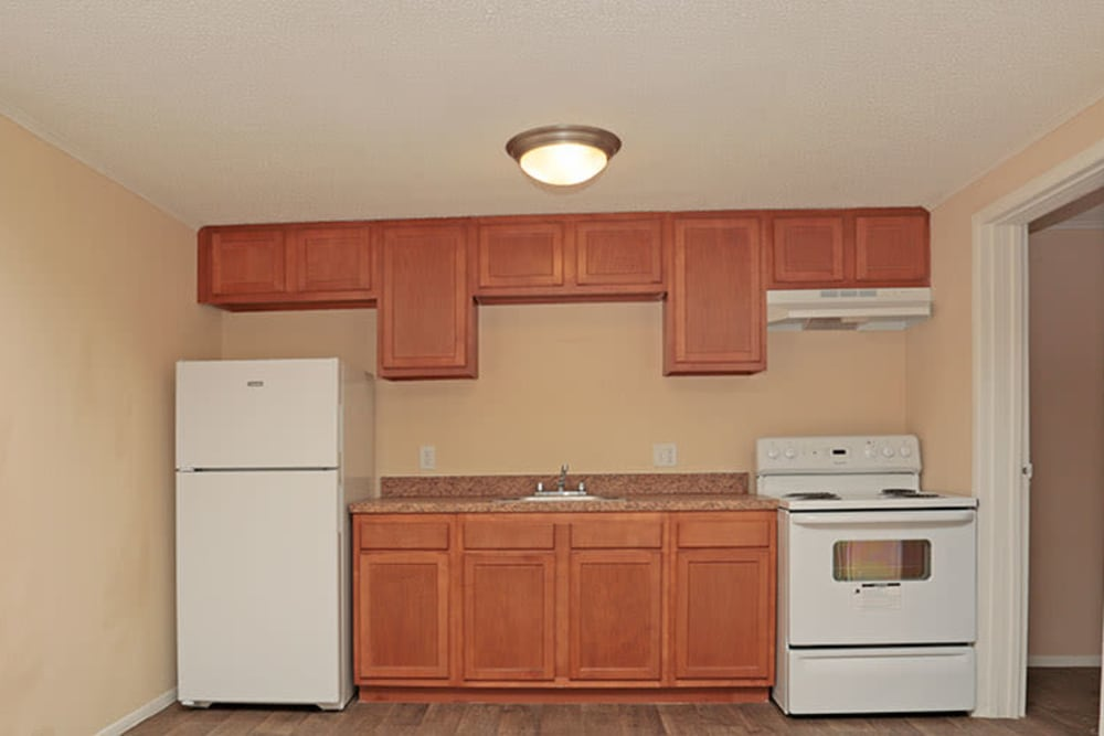 Kings Crossing Apartments kitchen in Jacksonville, Florida