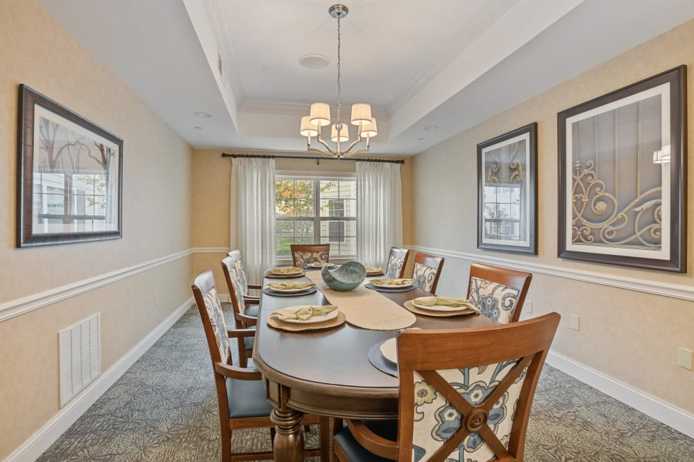 Private family dining area with a long table at The Hearth at Hendersonville in Hendersonville, Tennessee