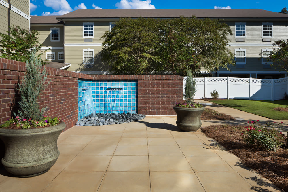 Patio with a water feature at River Highlands in Hoover, Alabama
