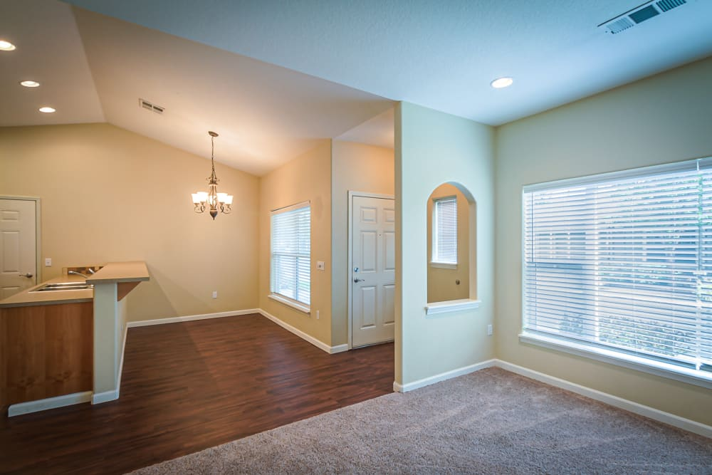 View of the entryway for a unit at Evergreen Senior Living in Eugene, Oregon