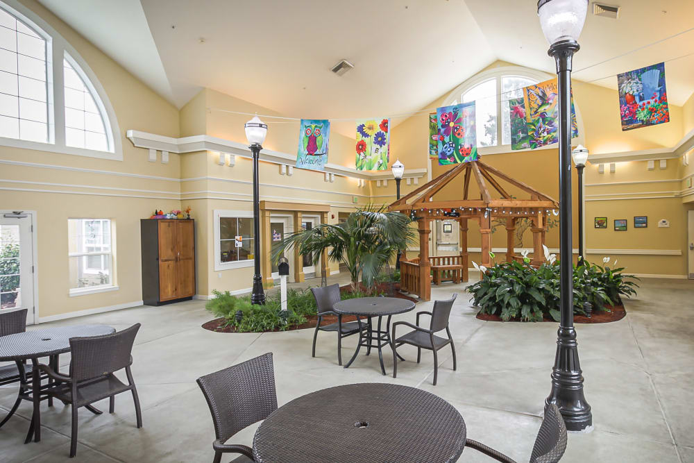 Spacious well-decorated clubhouse at Evergreen Memory Care in Eugene, Oregon