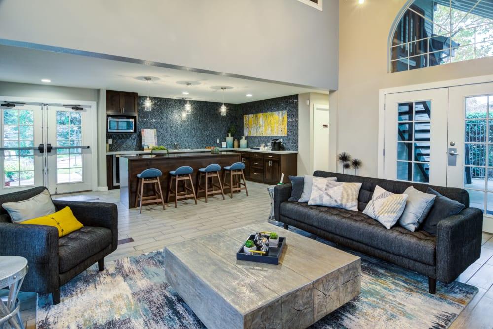 Beautiful living room at Sofi Lake Oswego in Lake Oswego, OR