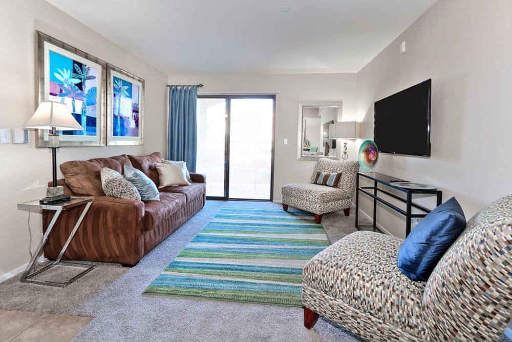 Living Room at Cielo Apartment Homes in Henderson, Nevada