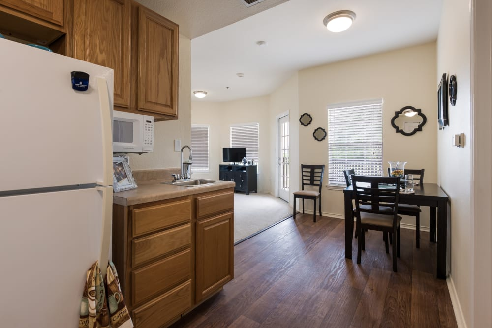 Spacious apartment at Waterview Court in Shreveport, Louisiana