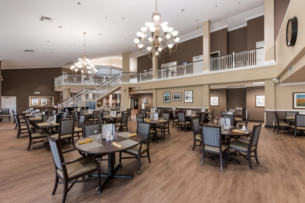 Dining room at Waterview Court in Shreveport, Louisiana