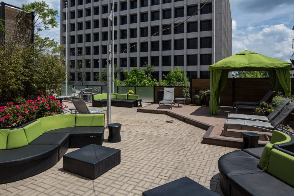 Outdoor lounge at Solace on Peachtree in Atlanta, Georgia
