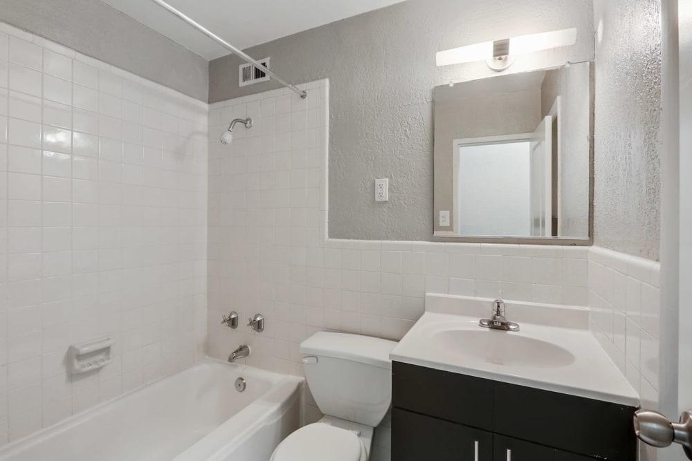 Clean bathroom at Solace on Peachtree in Atlanta, Georgia