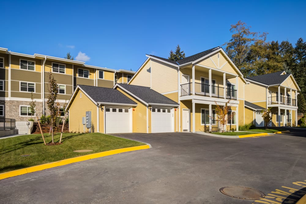 Cottages at Mirror Lake Village Senior Living Community in Federal Way, WA