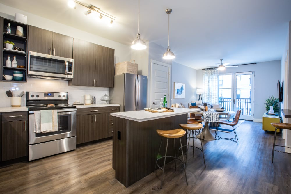 Fully equipped kitchen with wood style flooring at 511 Meeting in Charleston, South Carolina