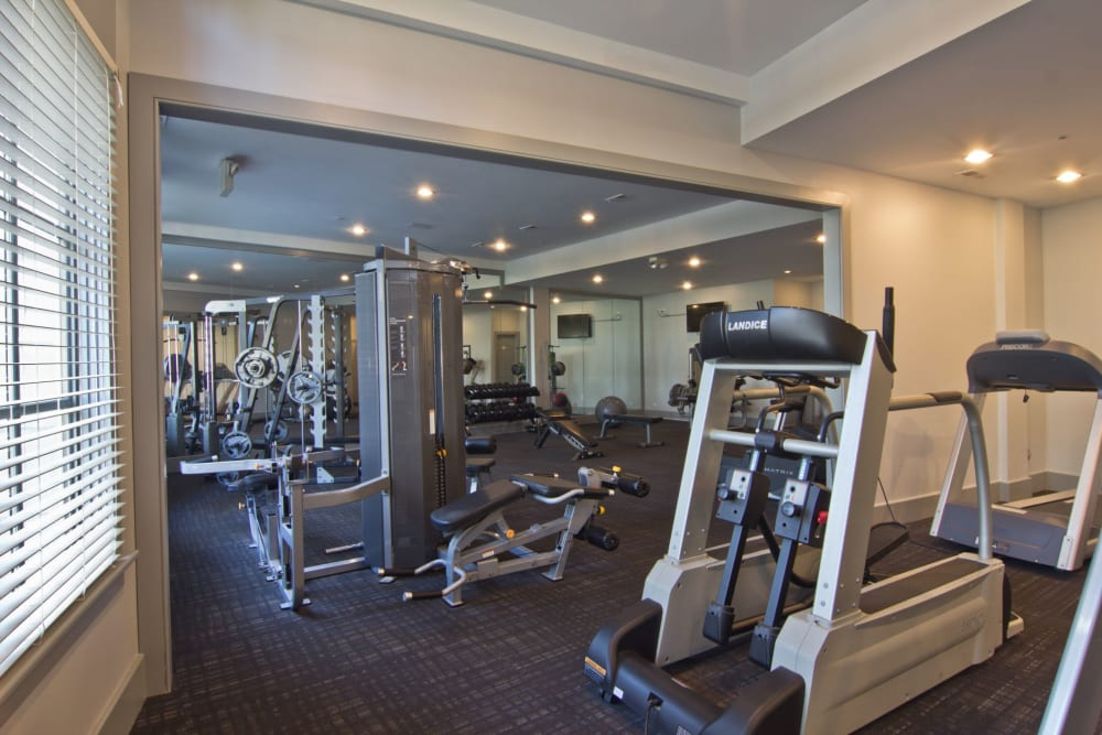 Gym cardio machines at Easton Commons Apartments & Townhomes in Columbus, Ohio