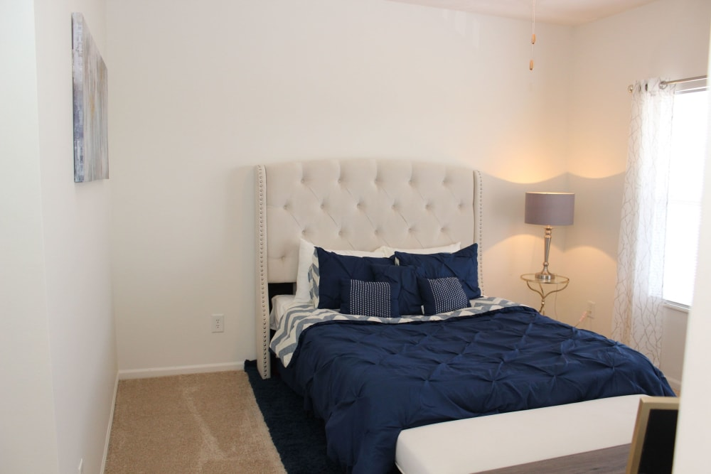 Bedroom at Easton Commons Apartments & Townhomes in Columbus, Ohio