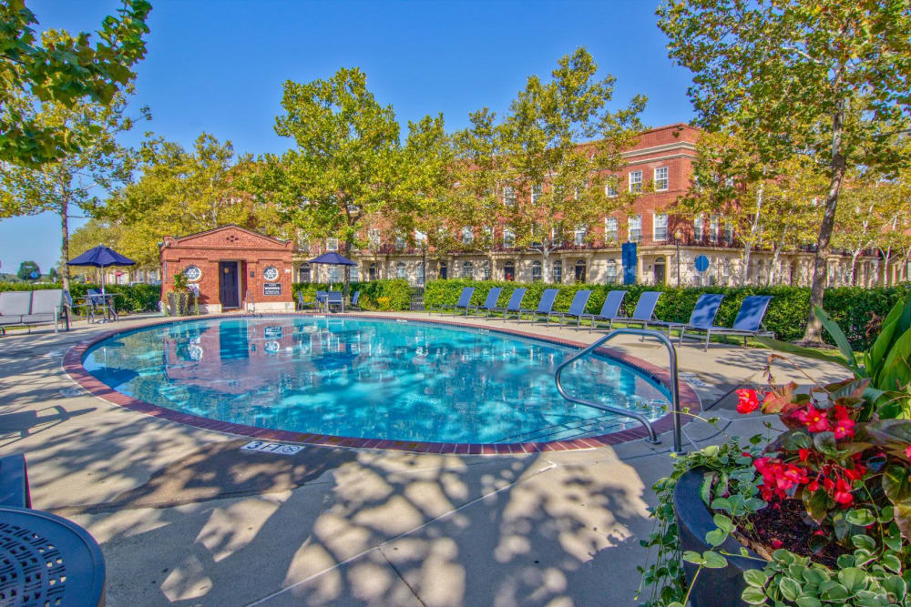 Refreshing swimming pool and clubhouse at Easton Commons Apartments & Townhomes in Columbus, Ohio