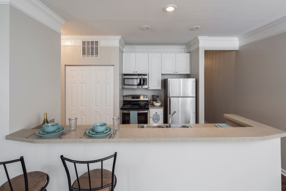 Breakfast bar at The Docks Apartments & Townhomes in Pittsburgh, Pennsylvania