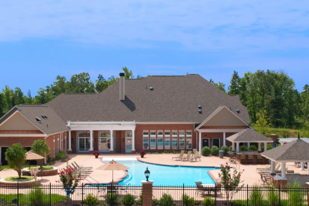 Aerial view of the clubhouse at Meridian Watermark in North Chesterfield, Virginia