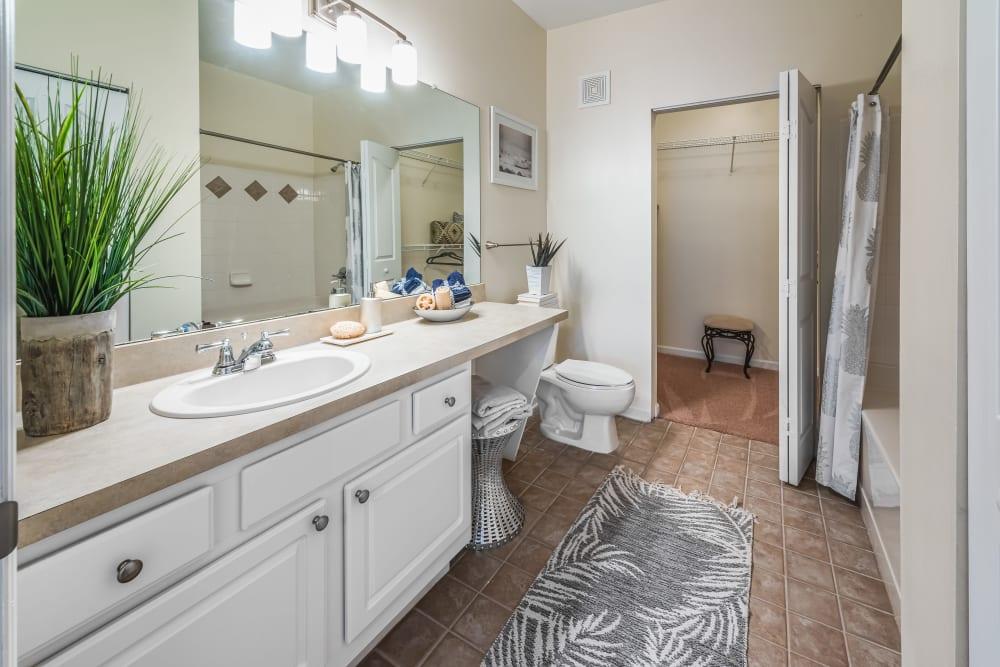 Large decorated bathroom at Eddison at Deerwood Park in Jacksonville, Florida