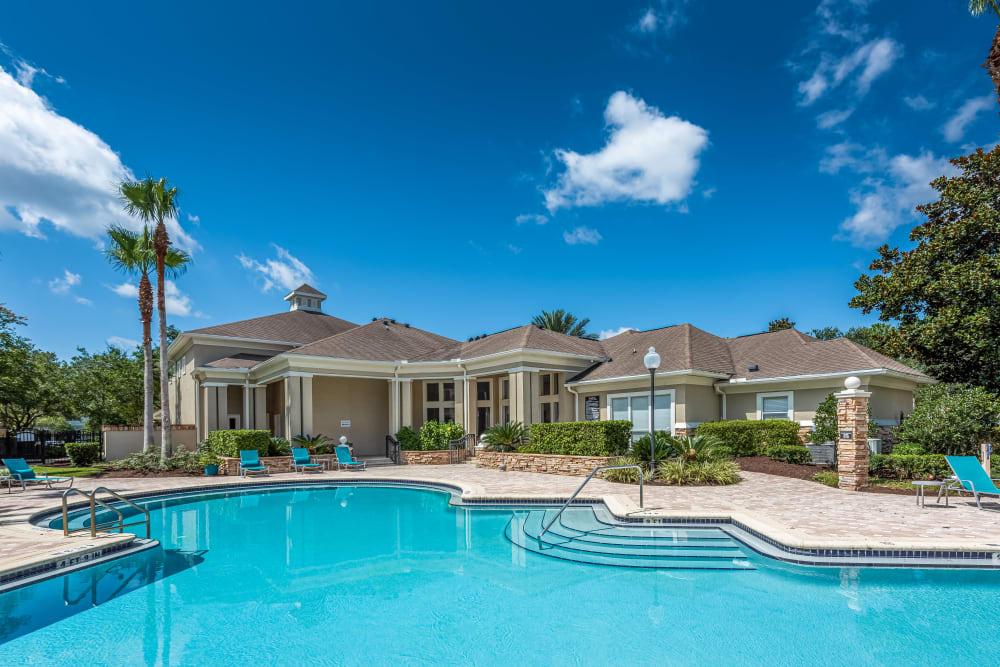 Refreshing swimming pool at Eddison at Deerwood Park in Jacksonville, Florida