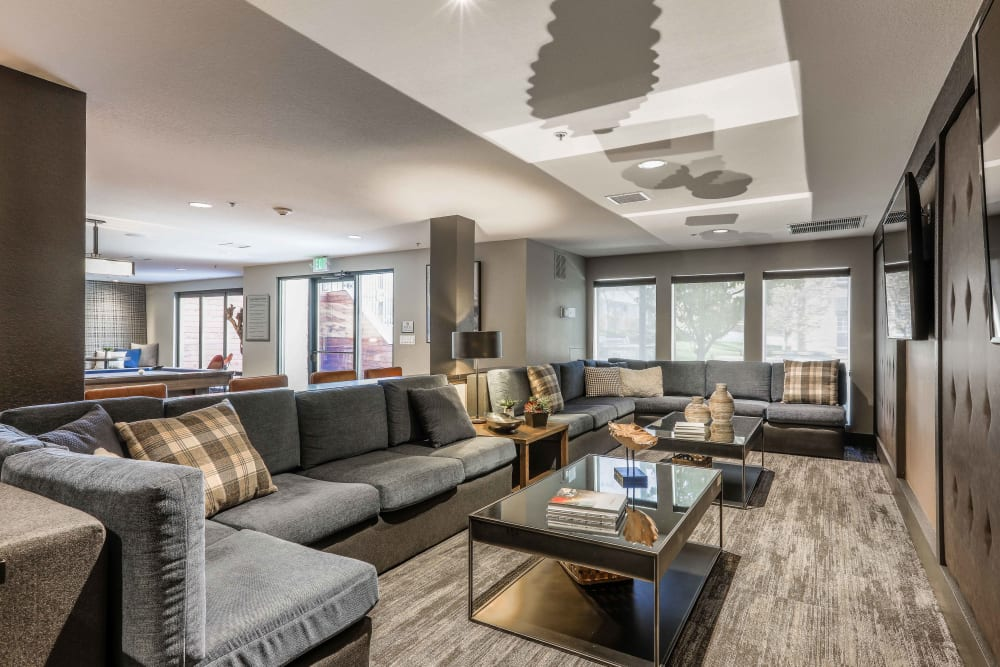 Clubhouse lounge at Summit at Flatirons Apartments in Broomfield, Colorado
