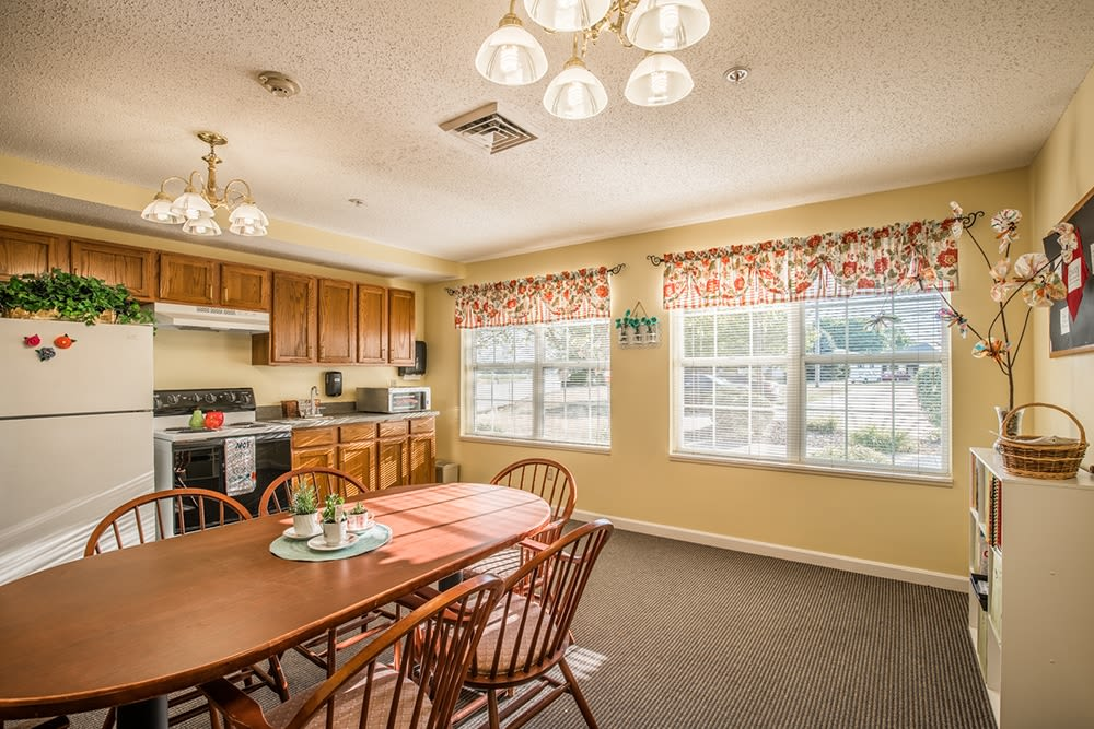 Resident kitchen at Randall Residence of Fremont in Fremont, Ohio