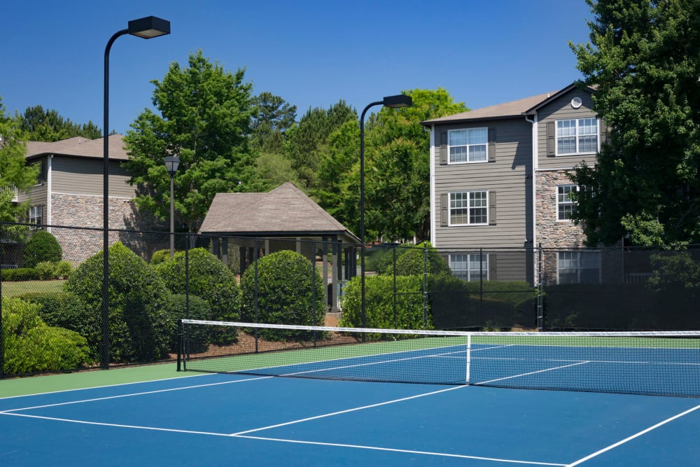 Onsite tennis courts and more at The Vinings at Newnan Lakes in Newnan, Georgia