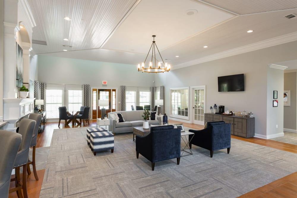 Bright and welcoming lobby interior at The Vinings at Newnan Lakes in Newnan, Georgia